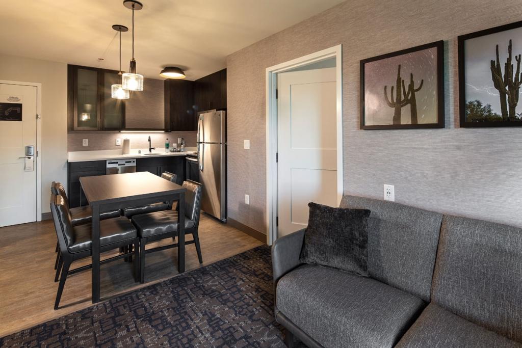 Residence-Inn-Scottsdale-Fin-Pro-15-lg